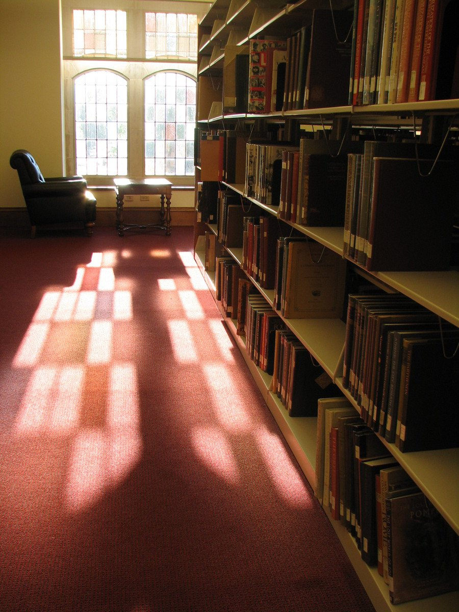 library-of-light-1219981.jpg